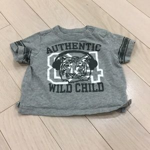 8/FREE SHIP🛍 Adorable Old Navy T-Shirt 3-6